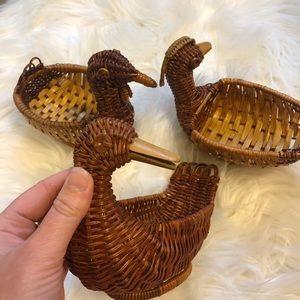 Wicker ducks vintage set of 3 super cute 🦆🦆🦆😍